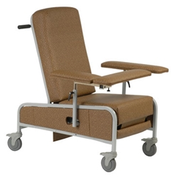 Recliner Provide your patients with the most comfort and ease possible. Custom Comfort Medtek offers a wide range of medical recliners including our VM5000 series. Click now!
